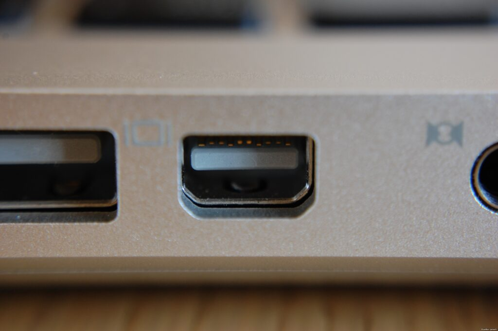 mini-displayport in macbooks